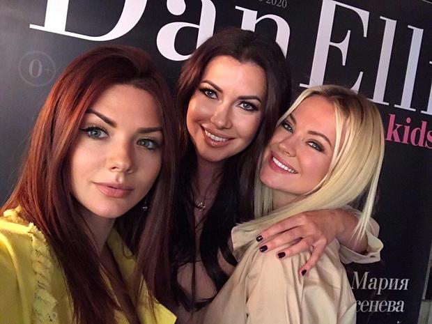 Фото №1 - «Девочки, вы совсем не меняетесь»: Асташенок сделал комплимент Вебер и Ярославской