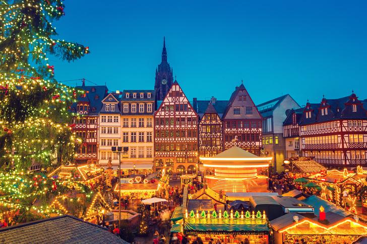 Фото №2 - 5 городов Европы, которые превращаются в сказку во время католического Рождества