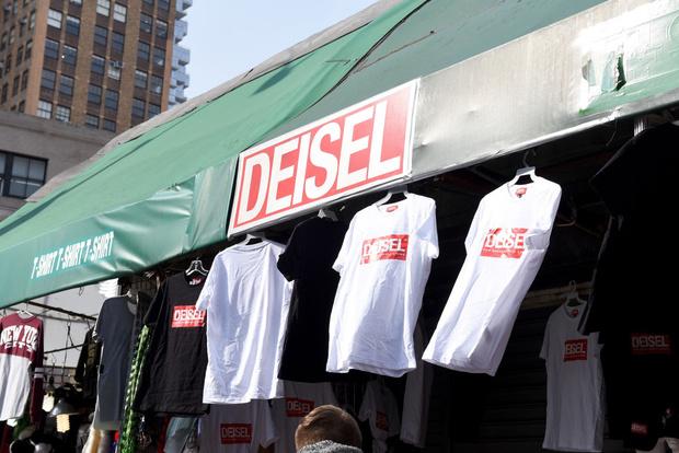 Фото №2 - Мода на фейк: Diesel открыли собственный магазин подделок