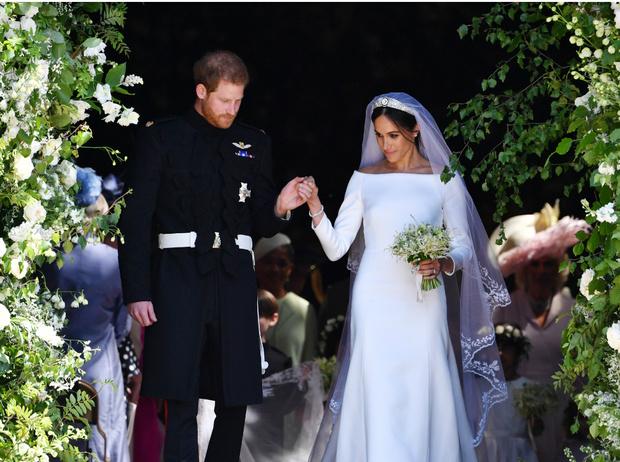 Фото №4 - Против традиций: что не так с обручальным кольцом принца Гарри