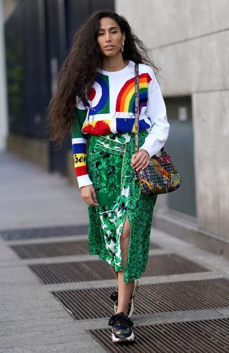 Фото №21 - Чем еще заменить цветочный принт в гардеробе: 6 идей от стилиста