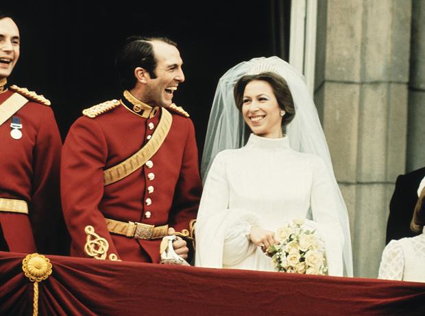 Фото №1 - Первая свадьба принцессы Анны: как выходила замуж дочь Елизаветы II