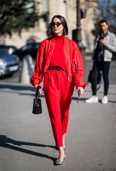 Фото №17 - Три цвета в одежде, которые сделают образ дороже