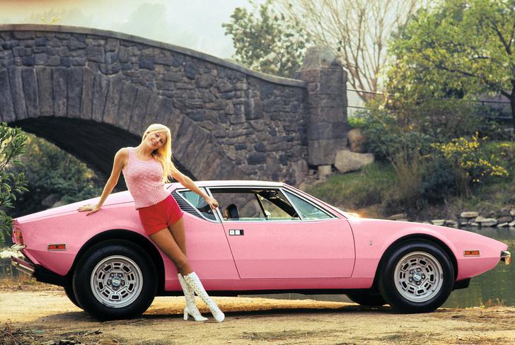 Фото №8 - На чем ездили девушки года журнала Playboy
