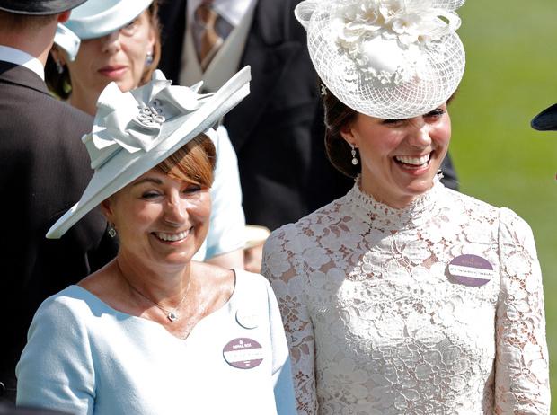 Фото №1 - Теща будущего короля: Кэрол Миддлтон и ее особые отношения с принцем Уильямом