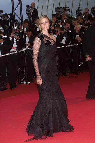 Фото №40 - Войти в историю: 35 культовых платьев Каннского кинофестиваля
