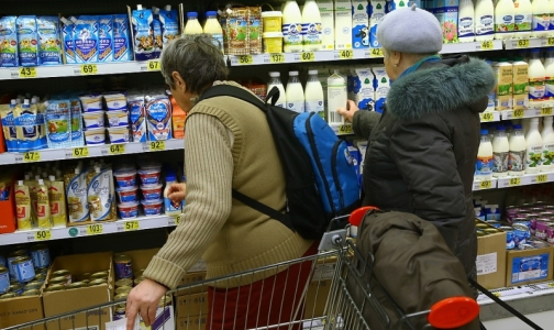 Фото №1 - Под видом молока в Петербурге продают молочный напиток