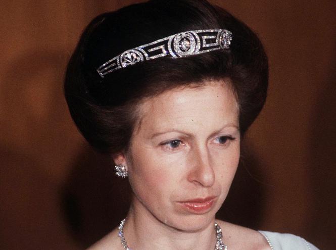 Фото №11 - Какие украшения из королевской коллекции могут заимствовать представительницы БКС