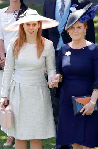 Фото №8 - Принцесса Беатрис встречается с самым красивым мультимиллионером-аристократом
