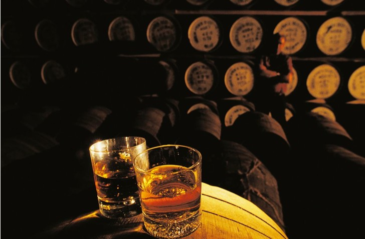Фото №1 - Ученые установили, как выявлять поддельный виски