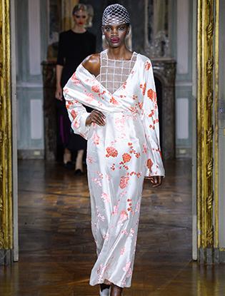 Фото №36 - Неделя Высокой моды в Париже: Ulyana Sergeenko Couture F2015