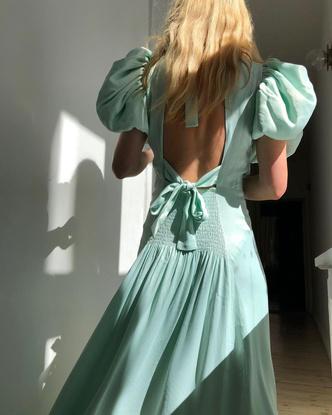Платье с открытой спиной: купить, фото