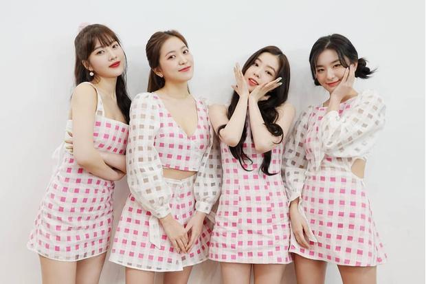 Фото №11 - The best: 10 k-pop групп, которых стэнит президент Южной Кореи