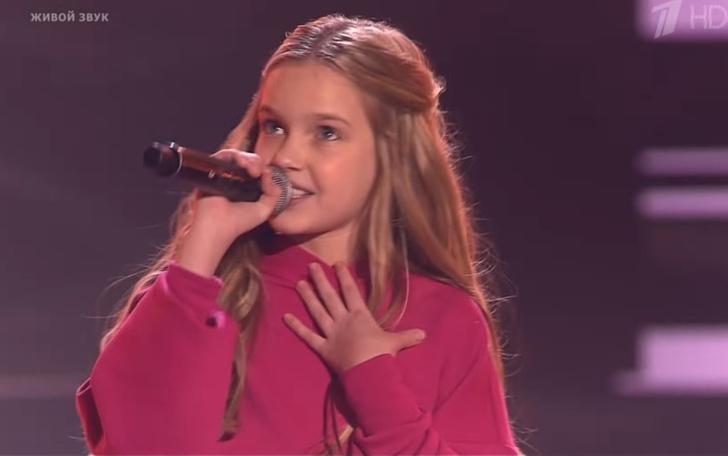 Фото №1 - 10-летняя школьница спела «На лабутенах» в шоу «Голос.Дети» (видео)