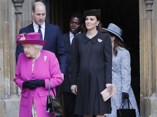 Фото №4 - Ход герцогини: почему поклонники БКС уверены, что скоро Кейт объявит о четвертой беременности