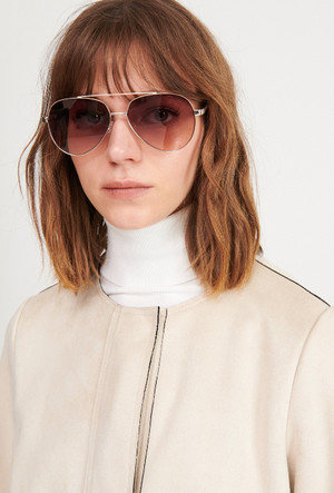Фото №14 - Очки для лета: самые модные модели 2020