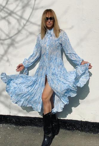 Фото №20 - Для дома и на выход: 10 платьев, которые пригодятся вам на карантине и после