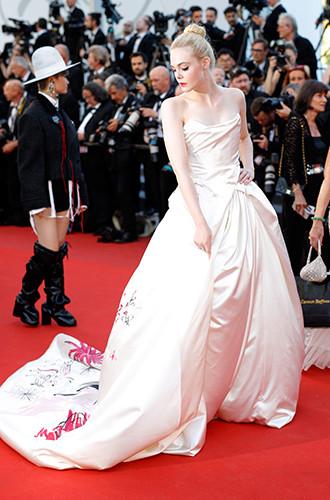 Фото №71 - Войти в историю: 35 культовых платьев Каннского кинофестиваля