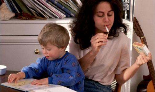 Фото №1 - Табачный дым повышает риск инфекций среднего уха у детей