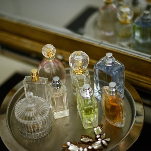 Фото №1 - 10 уютных ароматов, которые согреют этой осенью 🍂