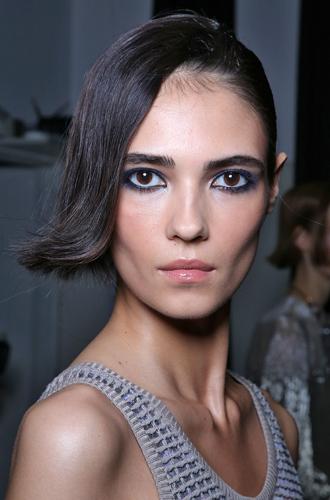 Фото №2 - По синему морю: подиумная коллекция макияжа Giorgio Armani