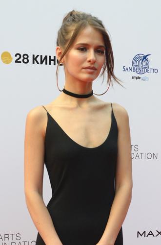 Фото №16 - Кинотавр-2017: самые красивые звезды на церемонии закрытия