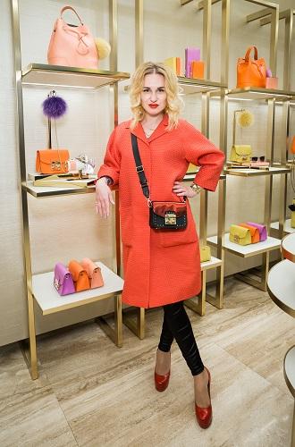 Фото №6 - История моды в аксессуарах: Furla создала машину времени