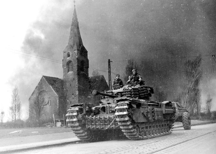 Фото №7 - «Степень поджарки— well done»: сложная судьба огнеметного танка