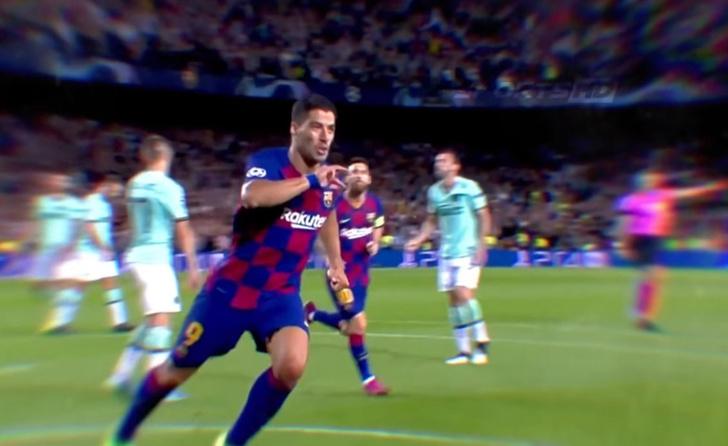 Фото №1 - 30 крутых футбольных голов, когда ассистент был круче гола (видео)