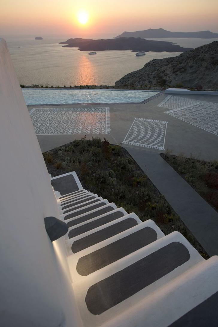 Фото №18 - Отель на Санторини по дизайну Паолы Навоне