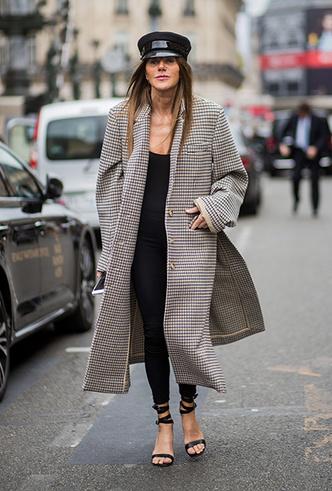 Фото №13 - А у вас уже есть пальто в клетку? 20 вариантов в самом модном принте сезона