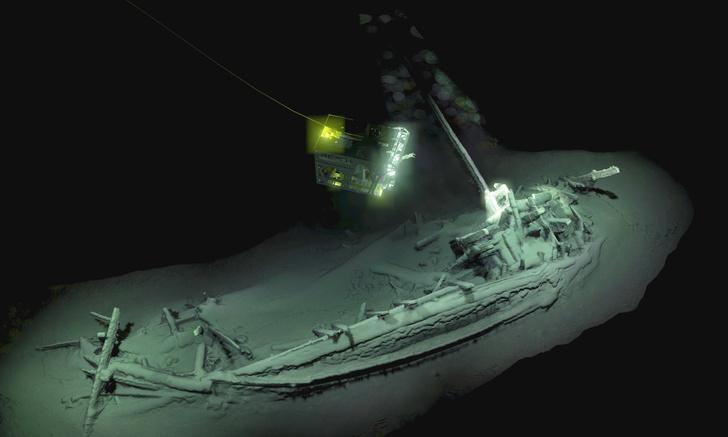 Фото №1 - В Черном море обнаружили древнейший сохранившийся корабль