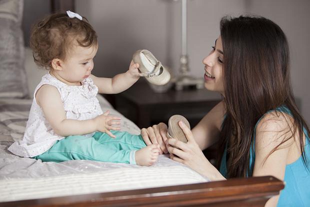 Фото №1 - Топает малыш: 5 практических советов как выбрать обувь на первые шаги