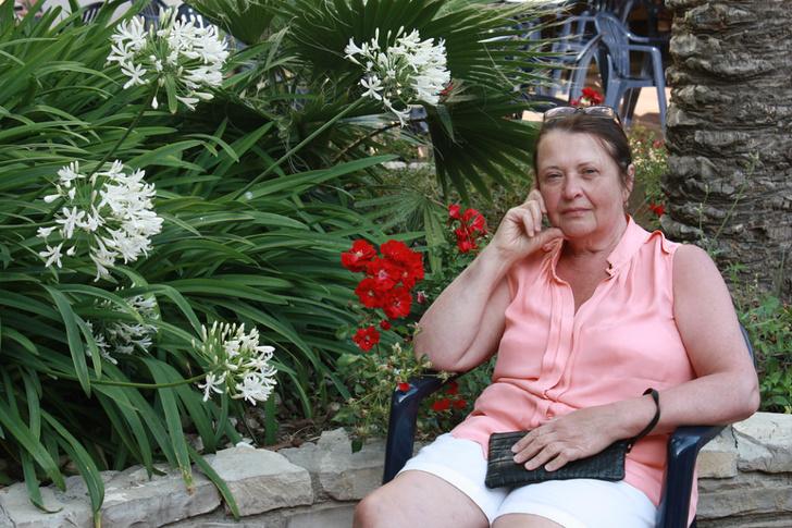 Фото №1 - «97 процентов поражение, но мы будем бороться»: как умирала от коронавируса моя мама