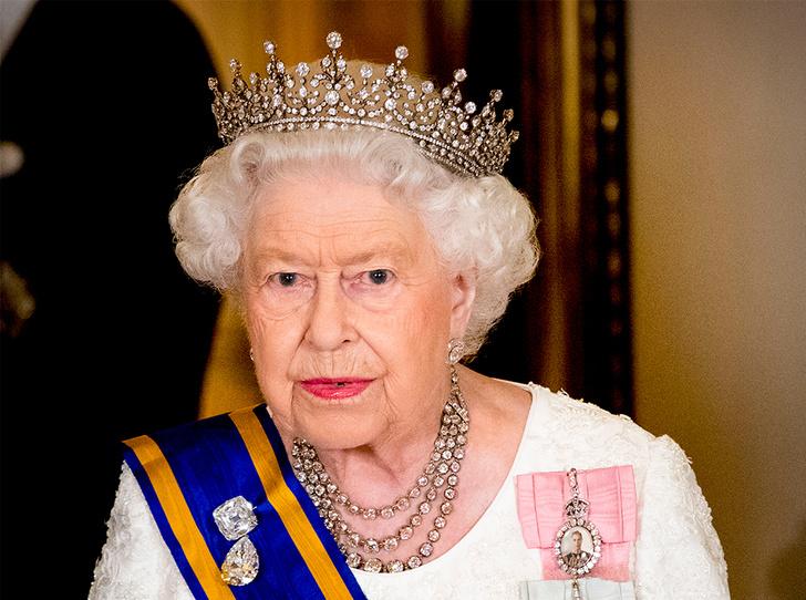 Фото №10 - Парад тиар в Букингемском дворце (и самая большая – у королевы Максимы)