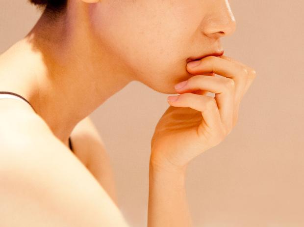 Фото №3 - 5 проблем с кожей, которые можно решить при помощи вазелина