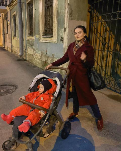 Фото №2 - Мария Шукшина увидела внука спустя полтора года после рождения