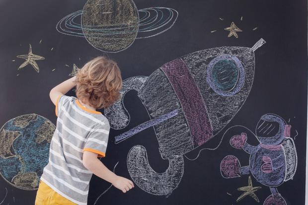 Фото №2 - Прогулка с мелками: игры и занятия
