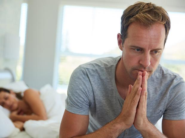 Фото №1 - Любит, но уходит: 7 причин, почему мужчины бросают тех, в кого действительно влюблены