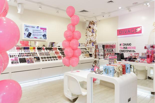 Фото №2 - DIVAGE открыл магазин в ТРЦ «Филион»