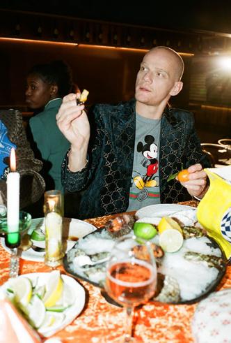 Фото №5 - 15 вещей из коллаборации Gucci и Aizel, которые можно приобрести в «Депо»