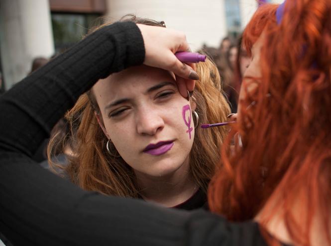 Фото №3 - Азбука сексизма: абьюз, эйджизм и другие виды женоненавистничества