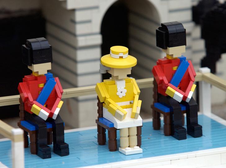 Фото №2 - Trooping the Colour: что нужно знать об официальном дне рождения британской королевы