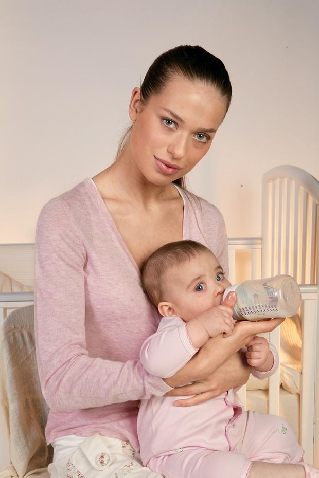 Фото №2 - Все под контролем: как спасти малыша от колик