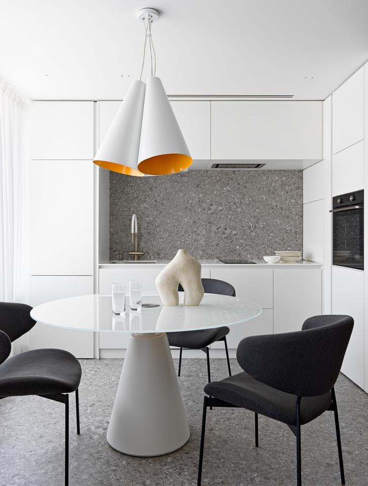 Фото №2 - Яркий минимализм: квартира 60 м² в Москве