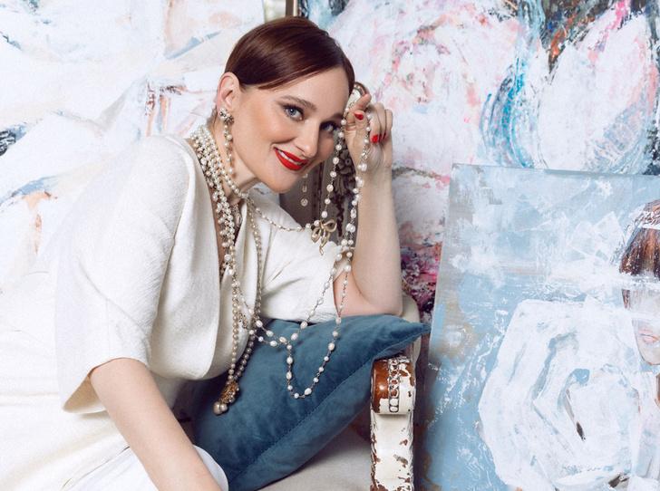 Фото №1 - Елена Сотникова: «Мои картины в основном покупают самодостаточные женщины»