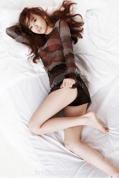 Фото №6 - K-pop style: 13 образов девушек-айдолов, рискнувших надеть просвечивающую одежду