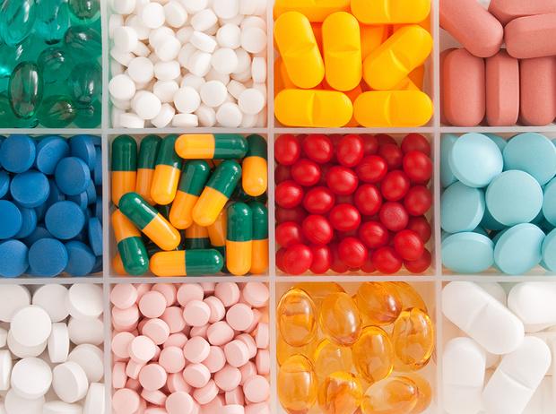 Фото №1 - Советы остеопата: чем опасны синтетические витамины