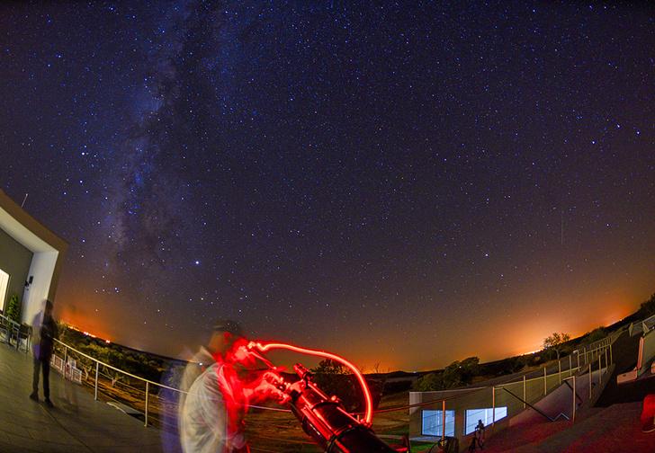 Фото №1 - Ученые зафиксировали странные радиосигналы из космоса, которые пока не могут объяснить