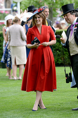 Фото №7 - Берегитесь женщин: яркие моменты 3-го дня на Royal Ascot 2017